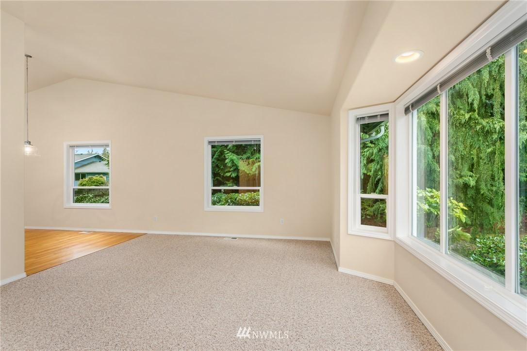 Sold Property | 19404 2nd Drive SE #B Bothell, WA 98012 11