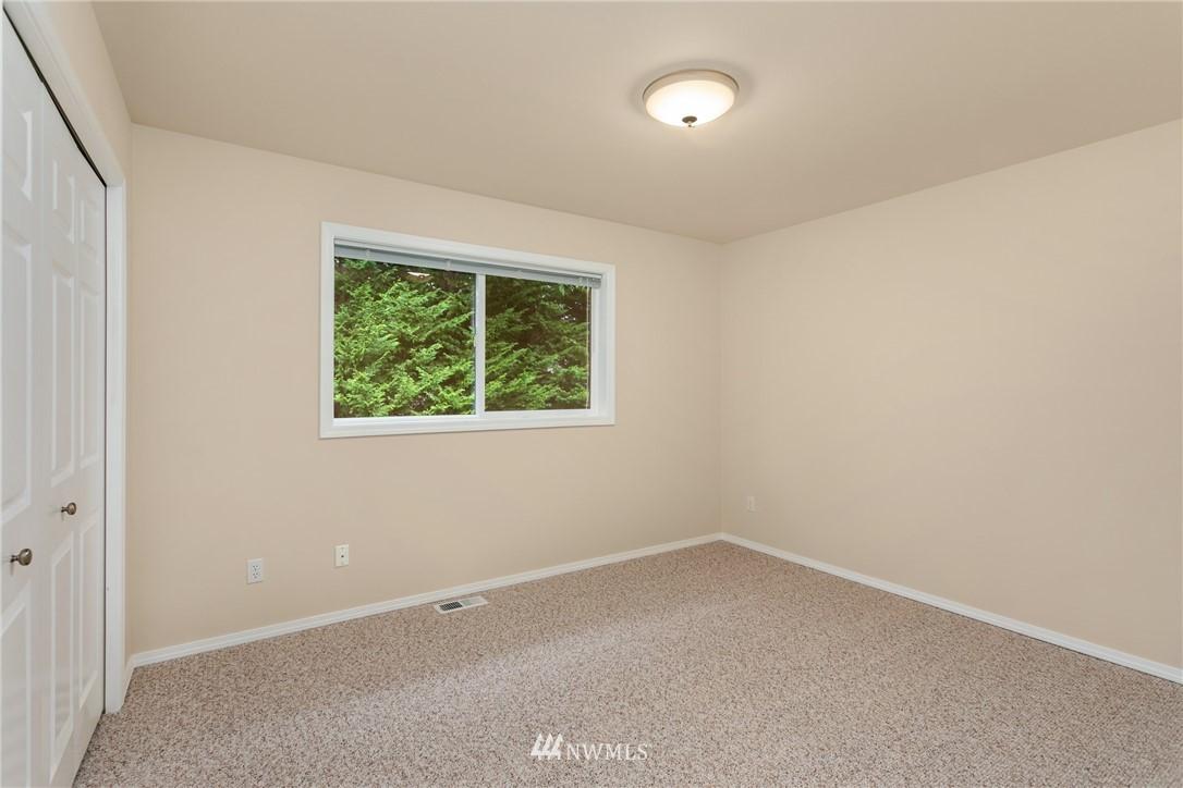 Sold Property | 19404 2nd Drive SE #B Bothell, WA 98012 13