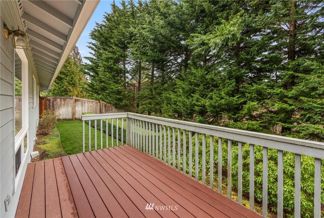Sold Property | 19404 2nd Drive SE #B Bothell, WA 98012 17