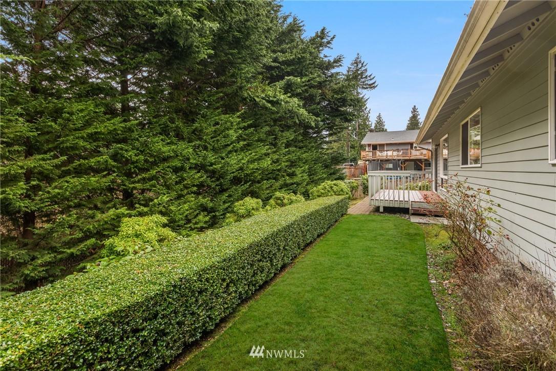 Sold Property | 19404 2nd Drive SE #B Bothell, WA 98012 18