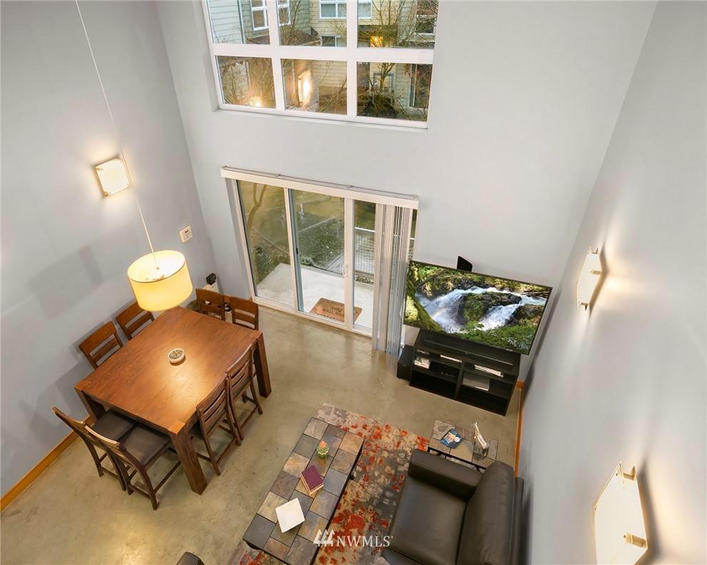 Sold Property | 1724 SW Barton Street Seattle, WA 98106 8