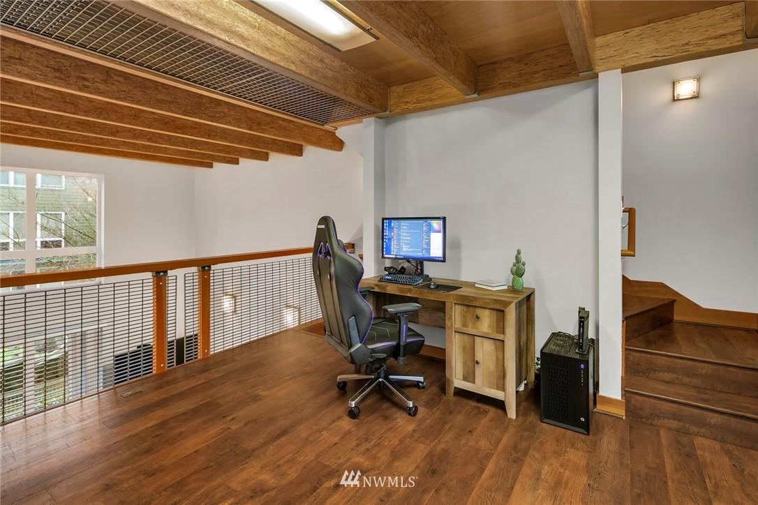 Sold Property | 1724 SW Barton Street Seattle, WA 98106 10
