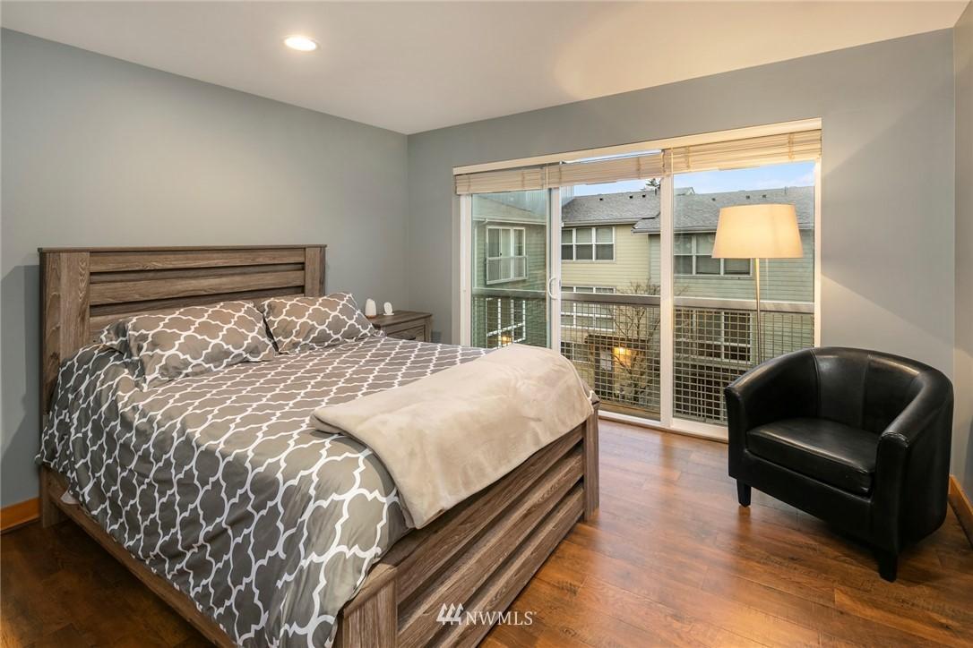 Sold Property | 1724 SW Barton Street Seattle, WA 98106 12