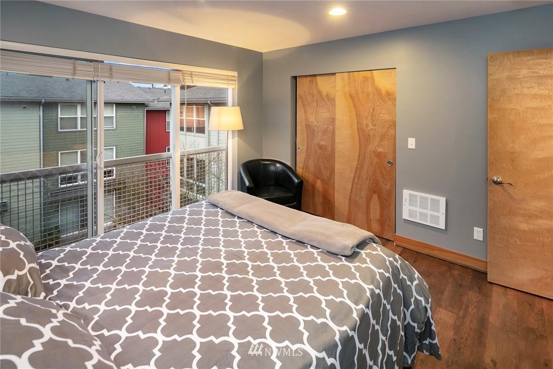 Sold Property | 1724 SW Barton Street Seattle, WA 98106 13