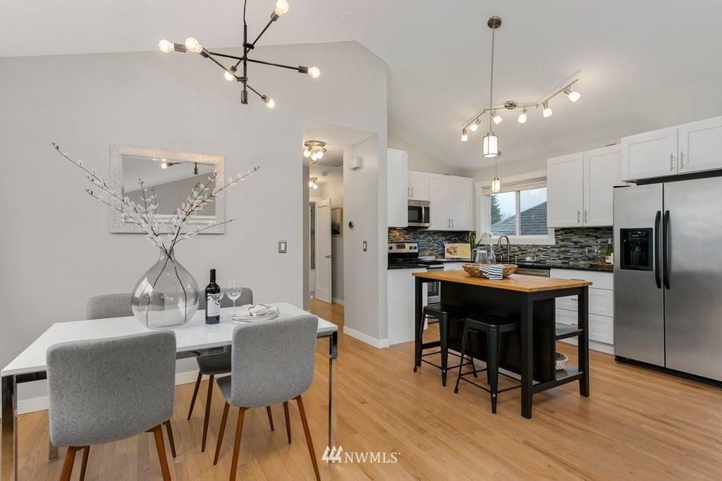 Sold Property | 4547 S Findlay Street Seattle, WA 98118 3