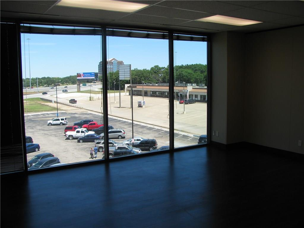 Active | 8701 Bedford Euless Road North Richland Hills, Texas 76053 12