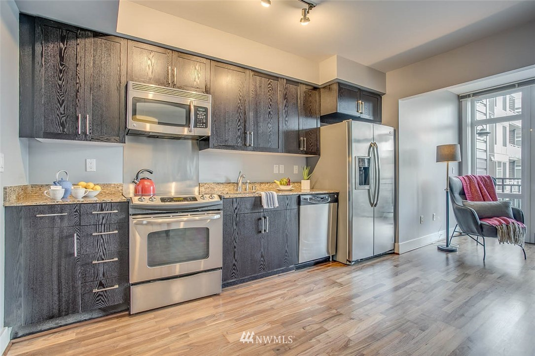 Sold Property | 699 John Street #708 Seattle, WA 98109 7