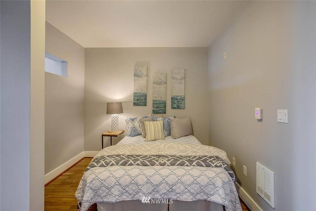 Sold Property | 699 John Street #708 Seattle, WA 98109 15