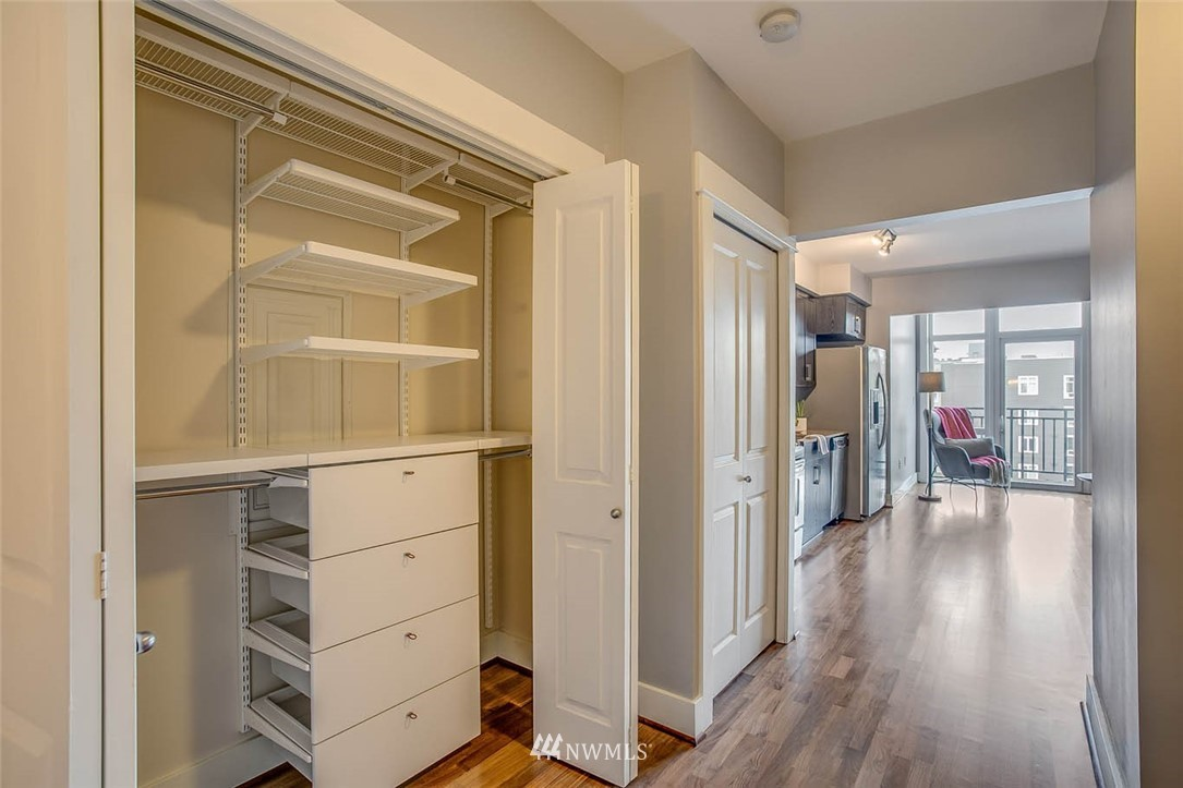 Sold Property | 699 John Street #708 Seattle, WA 98109 17