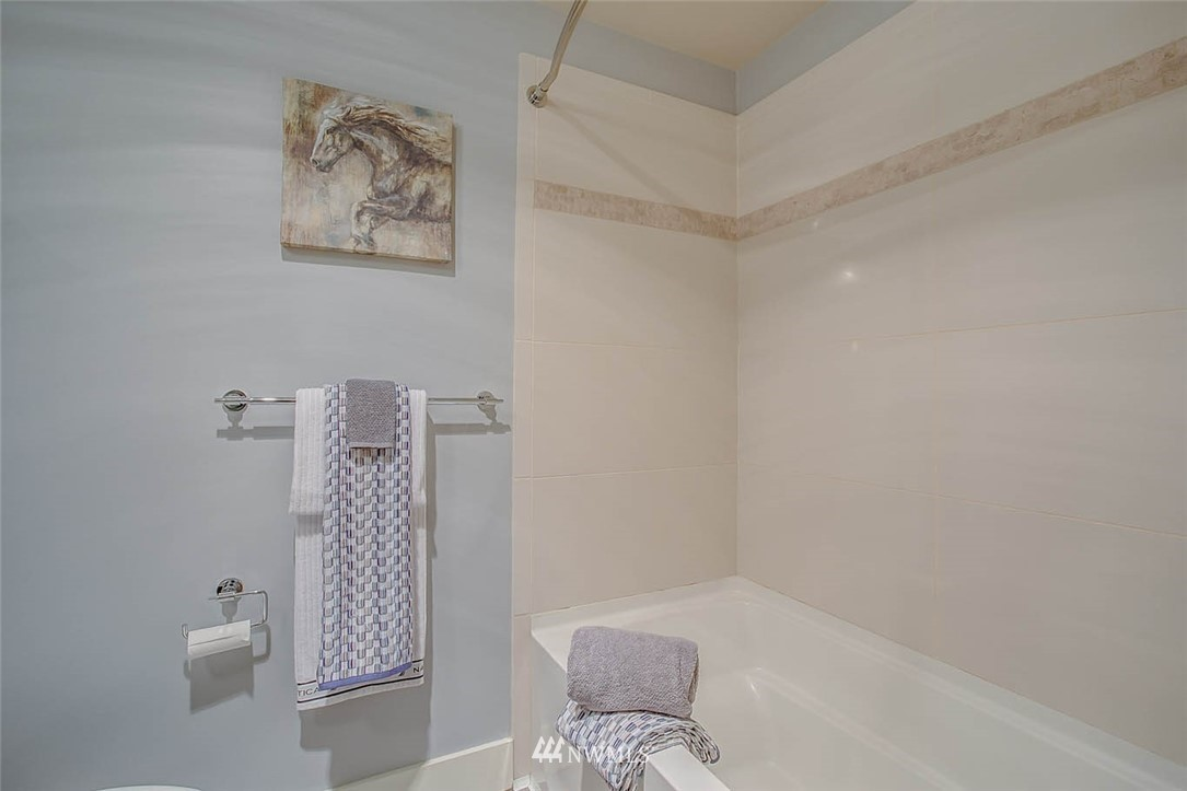 Sold Property | 699 John Street #708 Seattle, WA 98109 20
