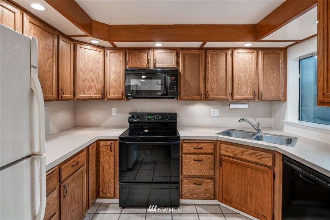 Sold Property | 10545 Meridian Avenue N ##104 Seattle, WA 98133 2