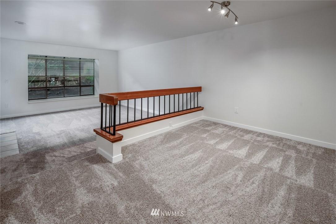 Sold Property | 10545 Meridian Avenue N ##104 Seattle, WA 98133 3