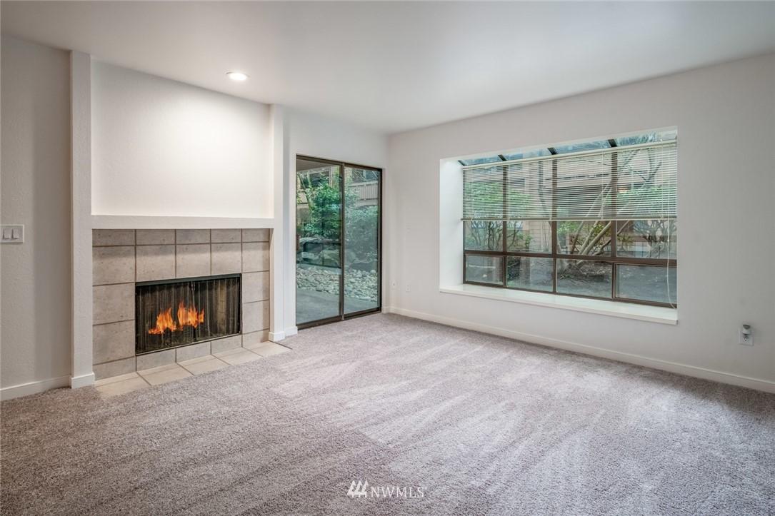 Sold Property | 10545 Meridian Avenue N ##104 Seattle, WA 98133 5