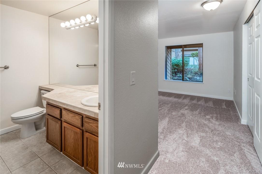 Sold Property | 10545 Meridian Avenue N ##104 Seattle, WA 98133 7