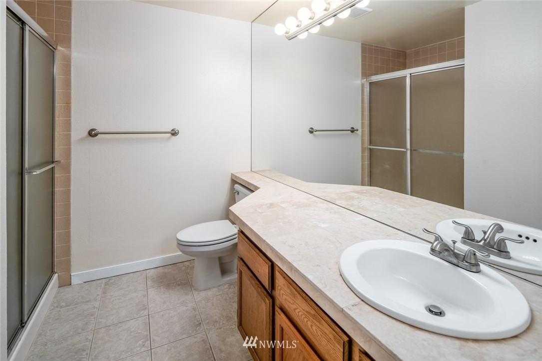 Sold Property | 10545 Meridian Avenue N ##104 Seattle, WA 98133 8
