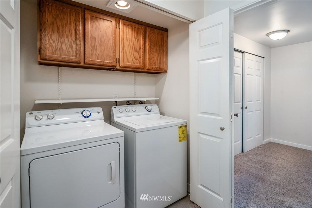 Sold Property | 10545 Meridian Avenue N ##104 Seattle, WA 98133 9