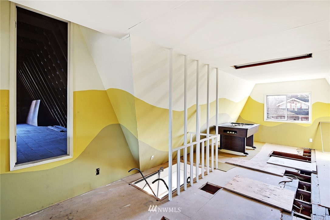 Sold Property   3440 39th Avenue SW Seattle, WA 98116 22