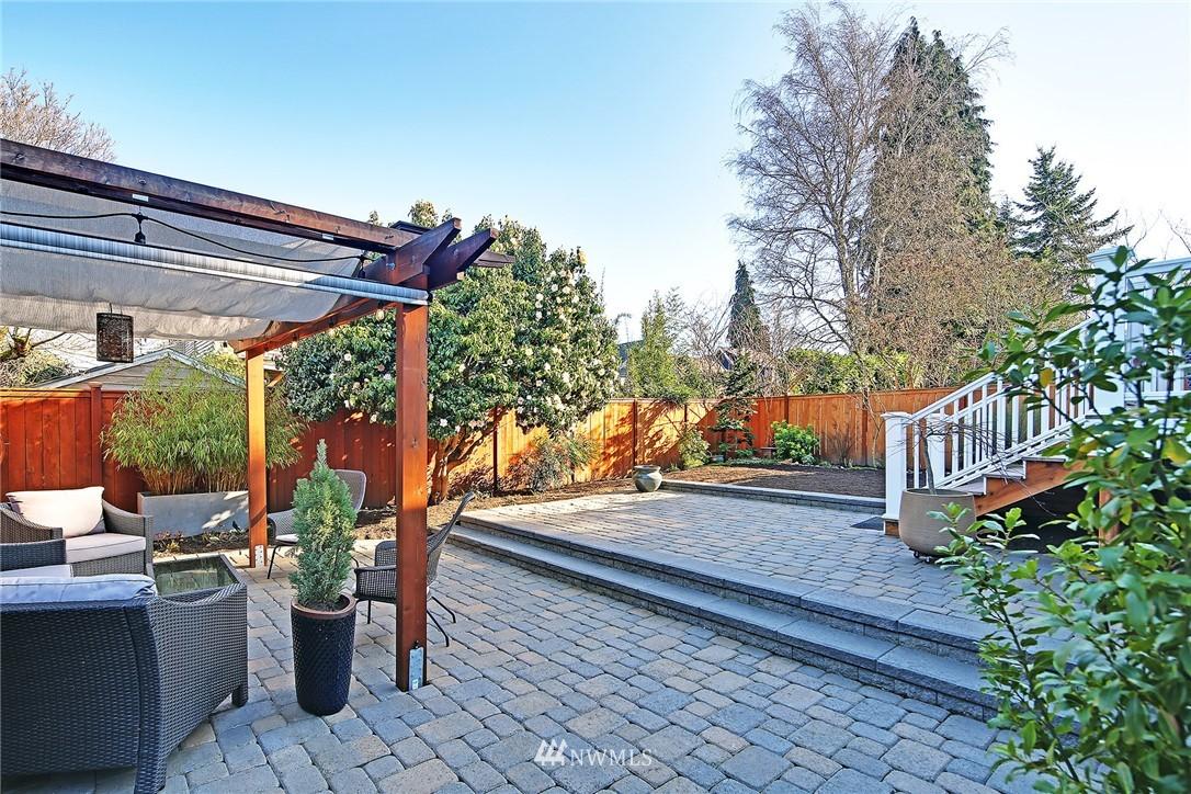 Sold Property   3440 39th Avenue SW Seattle, WA 98116 24