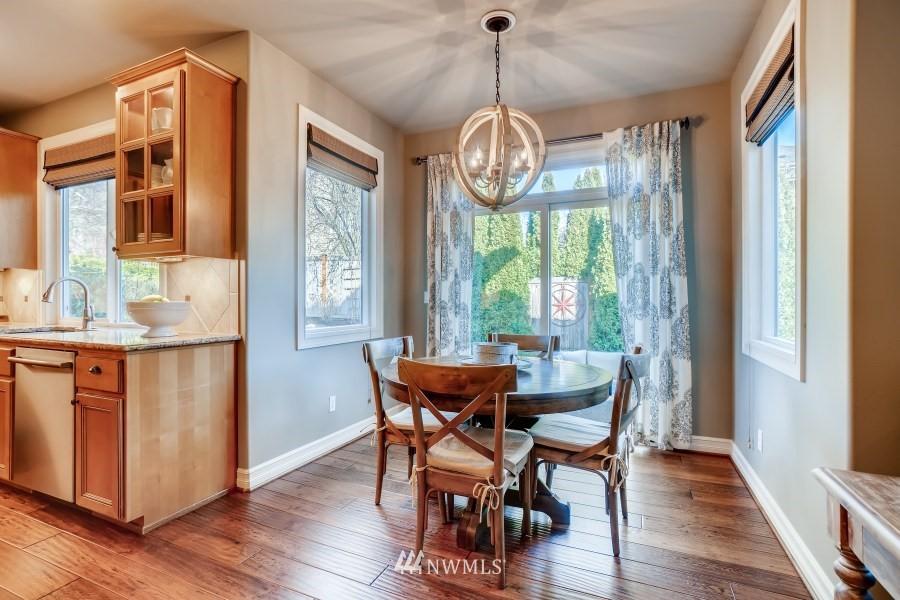 Sold Property | 27520 SE 28th Court Sammamish, WA 98075 9