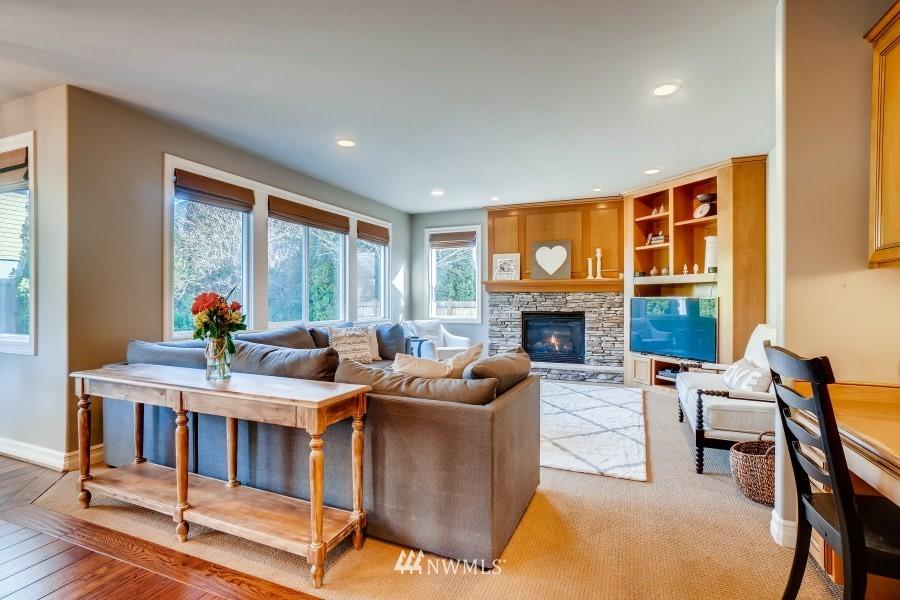 Sold Property | 27520 SE 28th Court Sammamish, WA 98075 11
