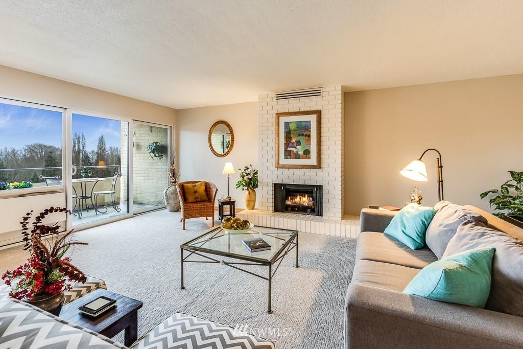 Sold Property   4545 Sand Point Way NE #806 Seattle, WA 98105 5