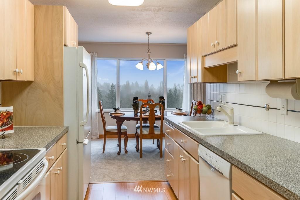 Sold Property   4545 Sand Point Way NE #806 Seattle, WA 98105 9