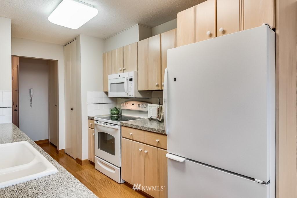 Sold Property   4545 Sand Point Way NE #806 Seattle, WA 98105 10