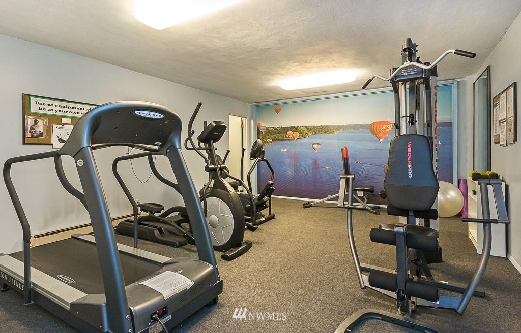Sold Property   4545 Sand Point Way NE #806 Seattle, WA 98105 21