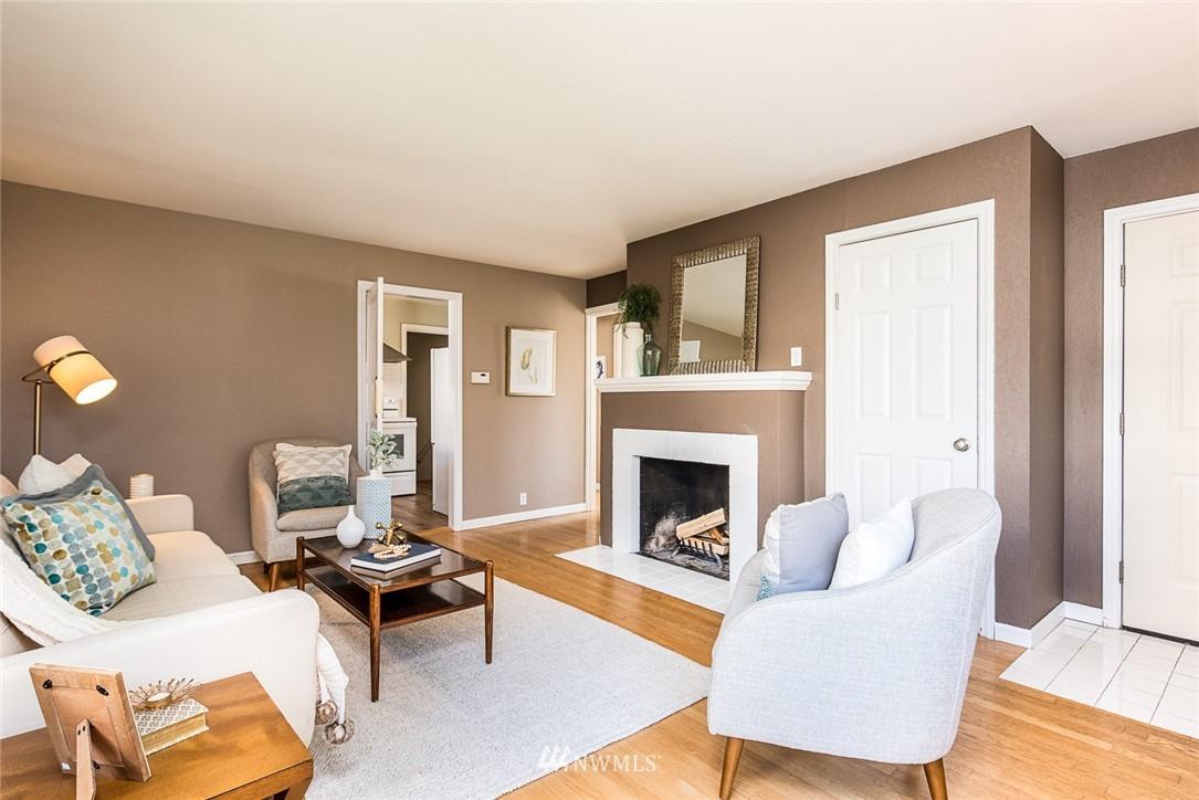 Sold Property | 7520 Earl Avenue NW Seattle, WA 98117 3