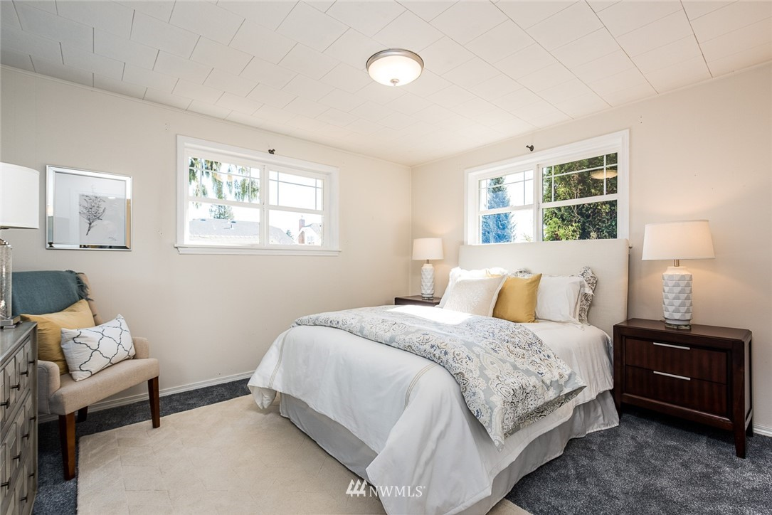 Sold Property | 7520 Earl Avenue NW Seattle, WA 98117 9