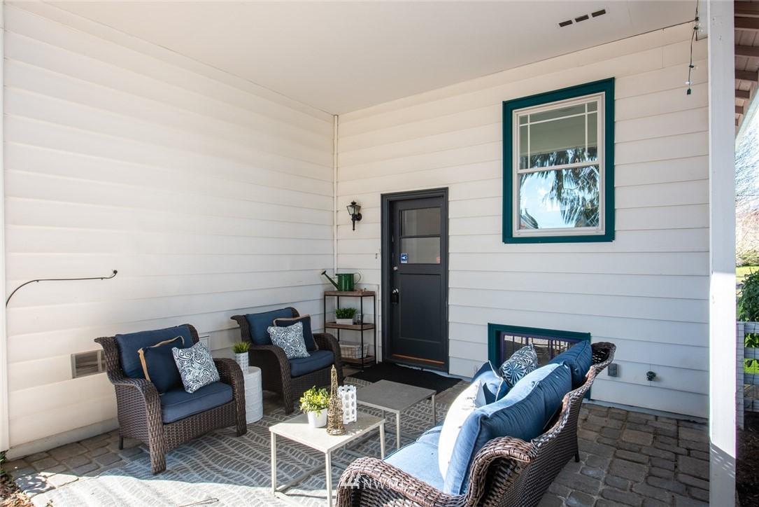 Sold Property | 7520 Earl Avenue NW Seattle, WA 98117 13