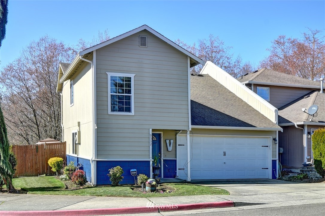 Sold Property | 9532 16th Drive W Everett, WA 98204 0