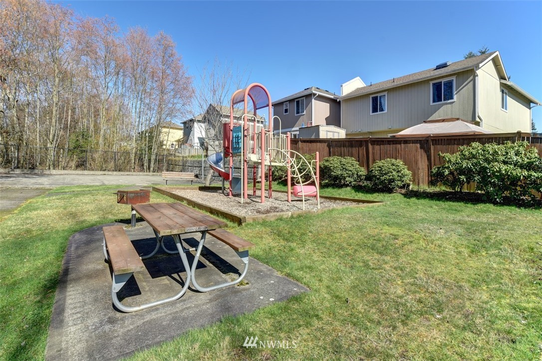 Sold Property | 9532 16th Drive W Everett, WA 98204 24