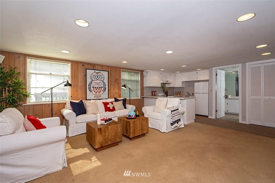Sold Property | 2820 39th Ave W Seattle, WA 98199 25