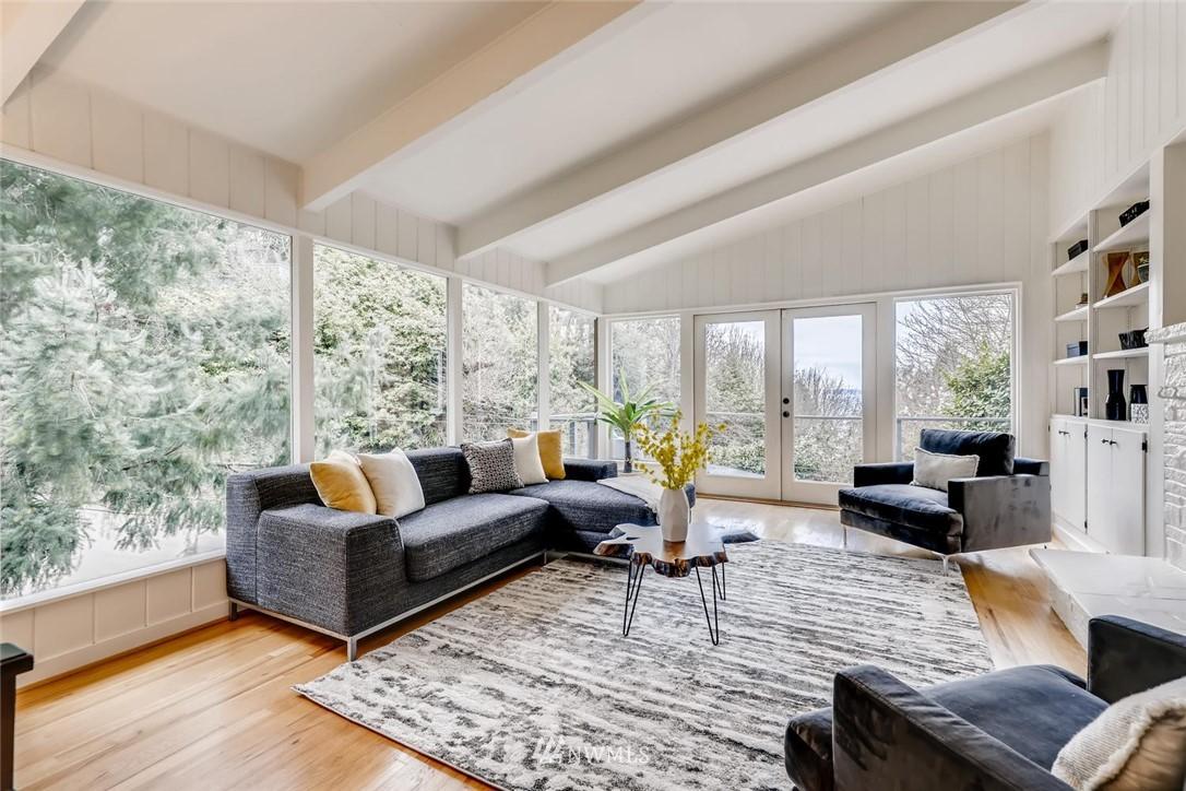 Sold Property   3601 Perkins Lane W Seattle, WA 98199 7