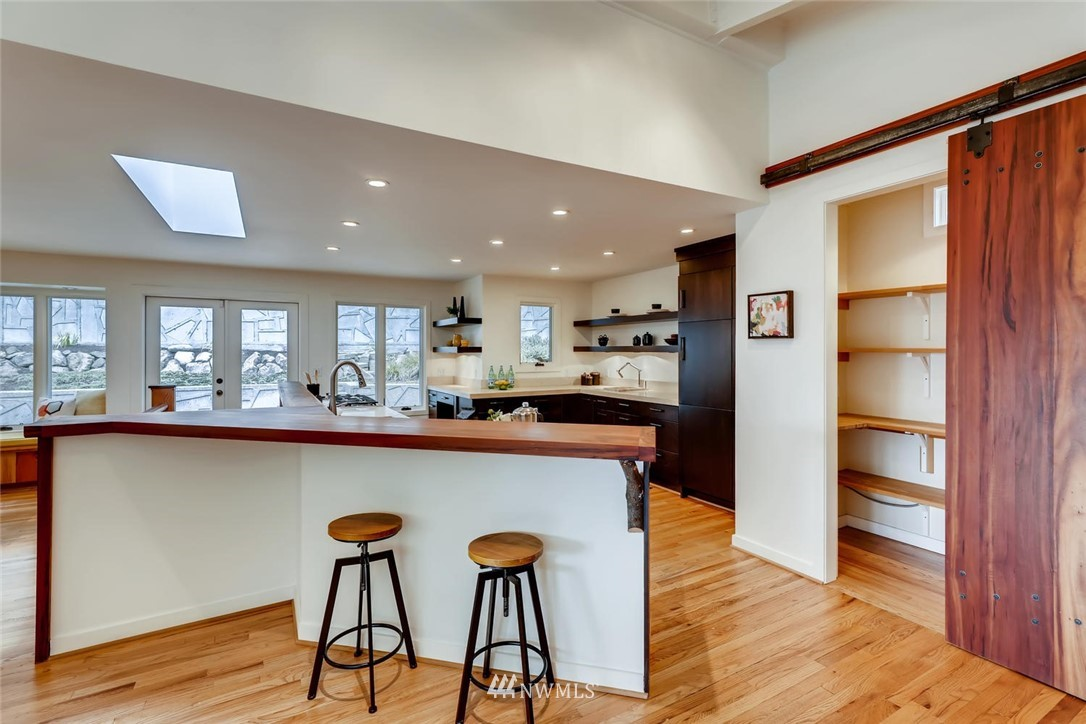 Sold Property   3601 Perkins Lane W Seattle, WA 98199 13