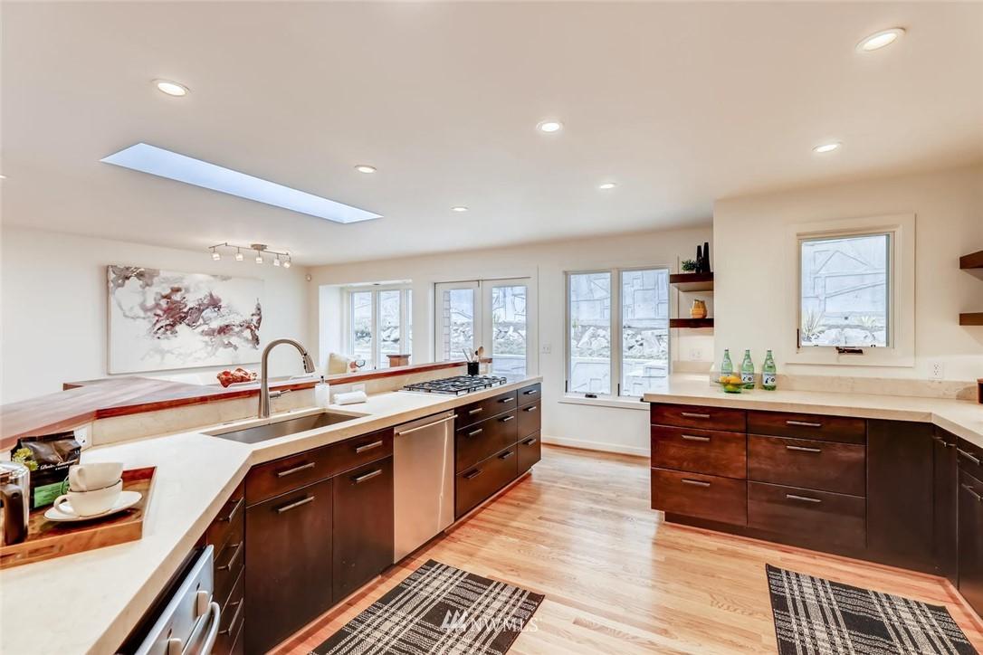 Sold Property   3601 Perkins Lane W Seattle, WA 98199 17