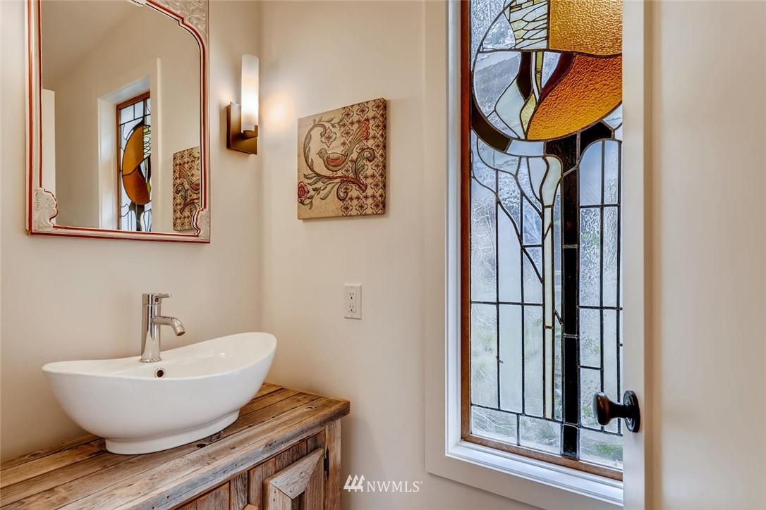 Sold Property   3601 Perkins Lane W Seattle, WA 98199 18