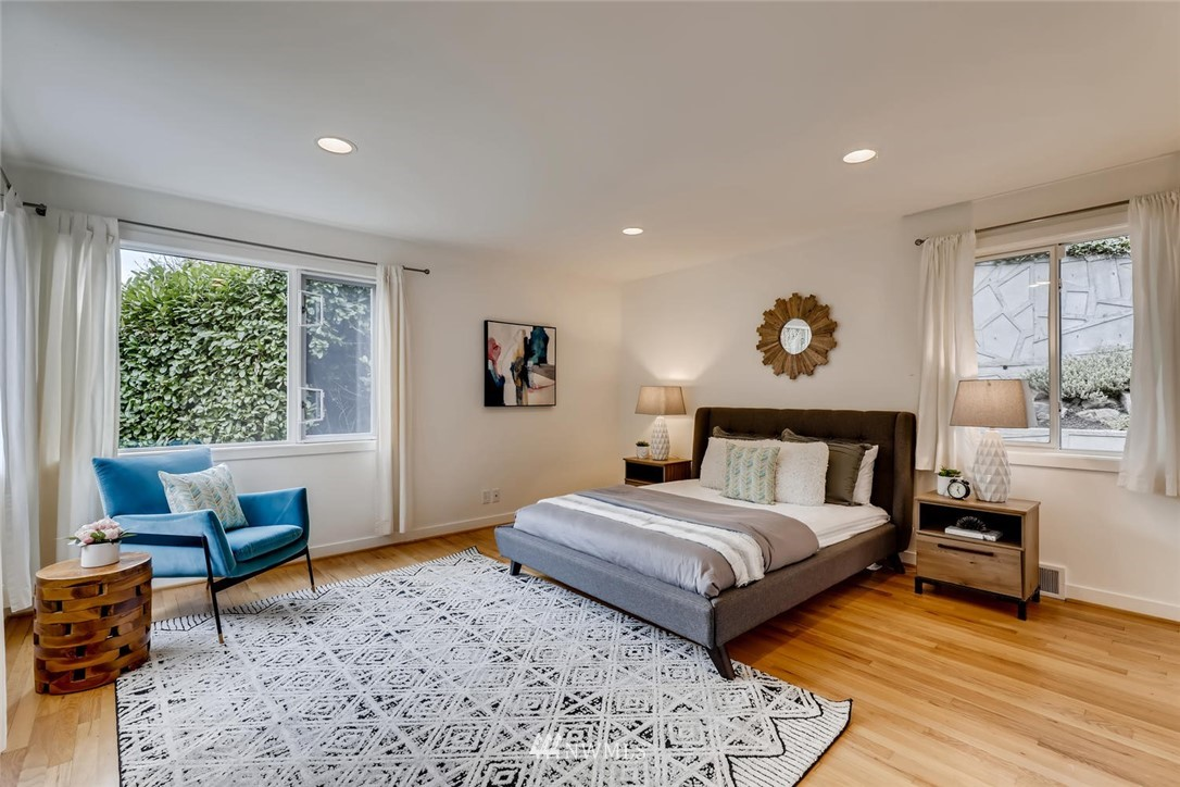 Sold Property   3601 Perkins Lane W Seattle, WA 98199 20