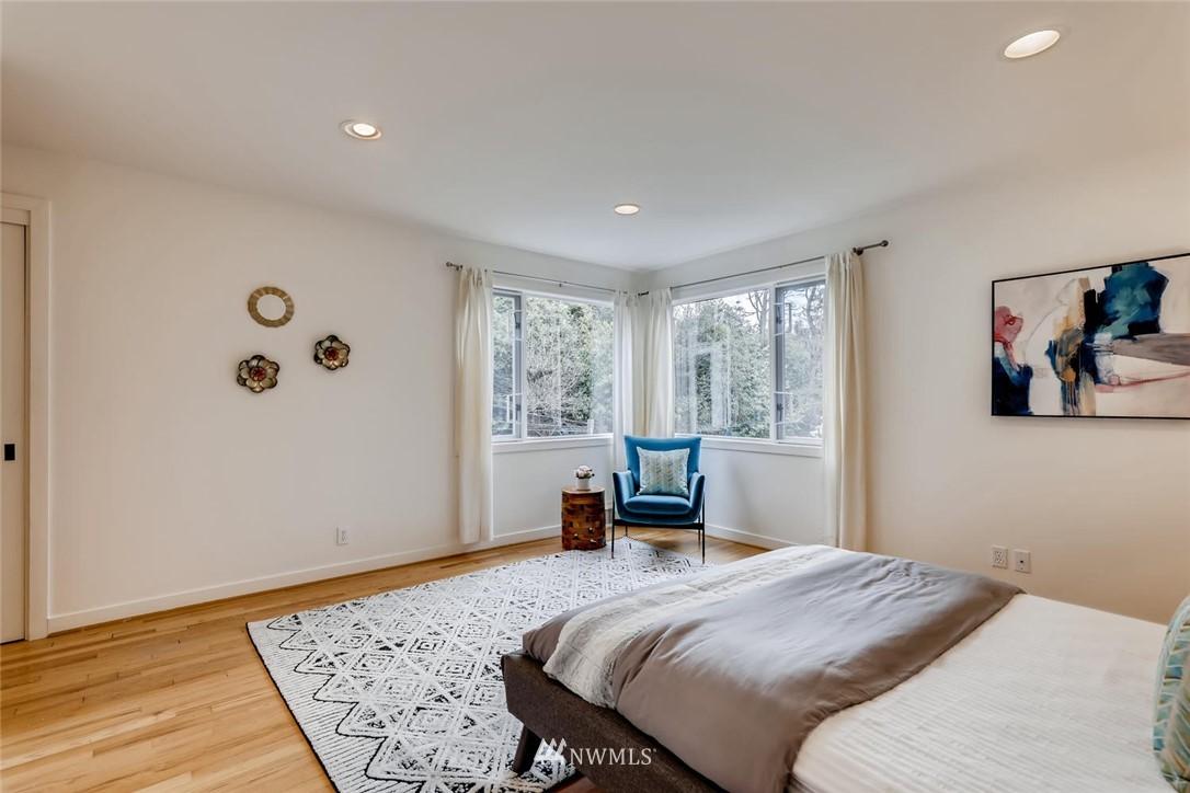 Sold Property   3601 Perkins Lane W Seattle, WA 98199 21