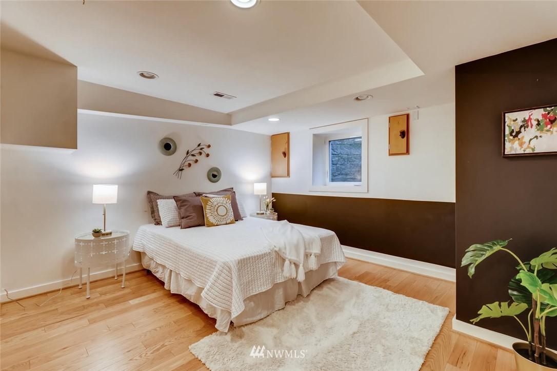Sold Property   3601 Perkins Lane W Seattle, WA 98199 27