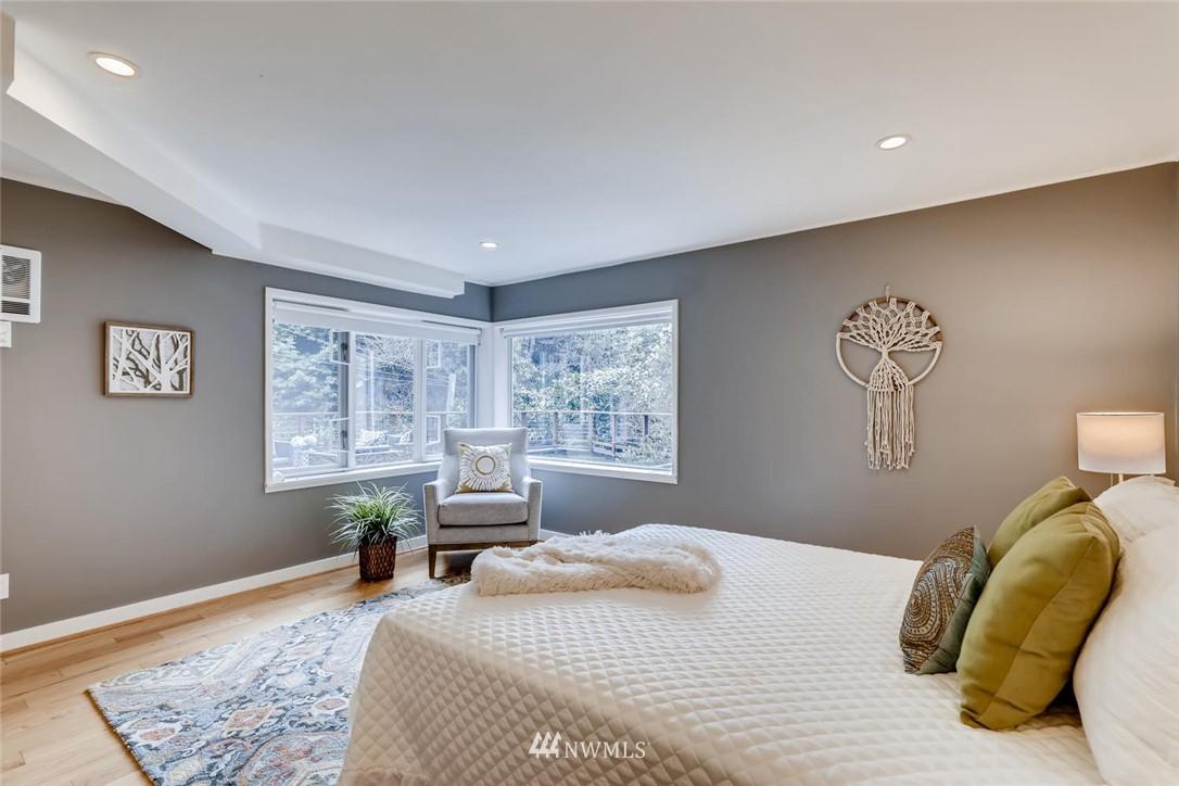 Sold Property   3601 Perkins Lane W Seattle, WA 98199 19