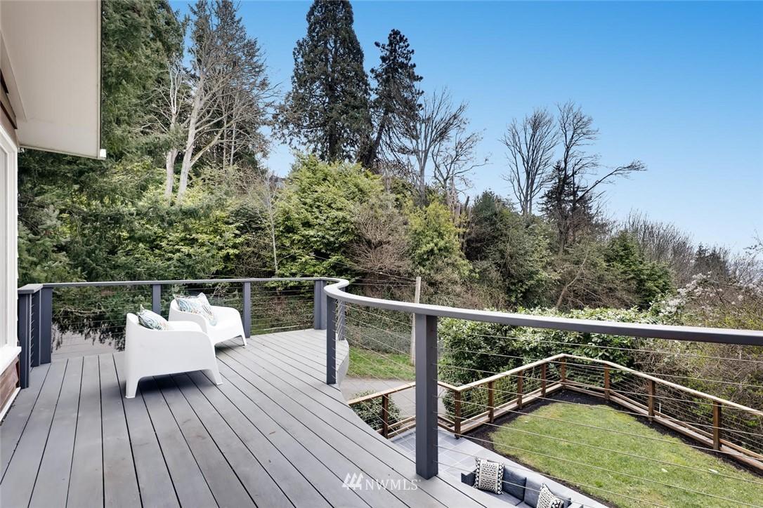 Sold Property   3601 Perkins Lane W Seattle, WA 98199 30