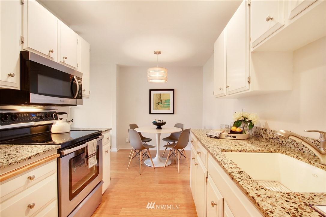 Sold Property | 75 E Lynn Street #303 Seattle, WA 98102 4