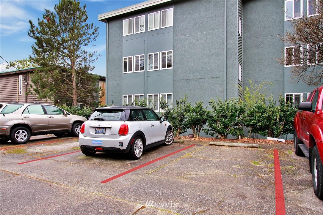 Sold Property | 75 E Lynn Street #303 Seattle, WA 98102 11