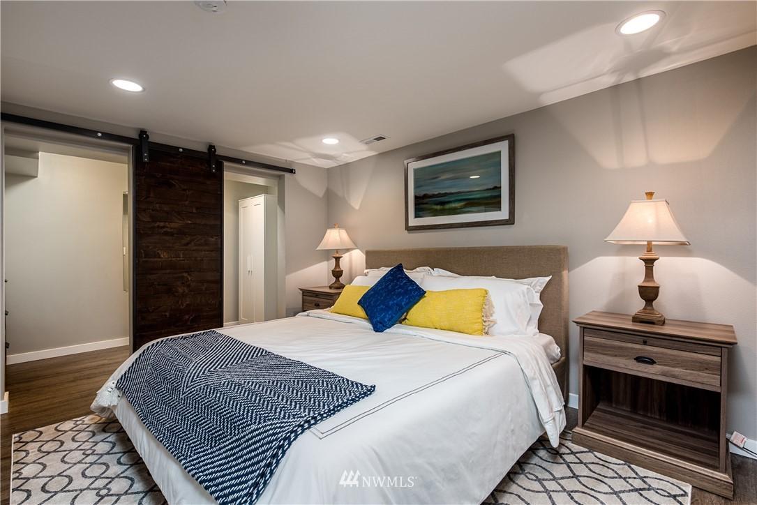 Sold Property | 7537 11th Avenue NE Seattle, WA 98115 15