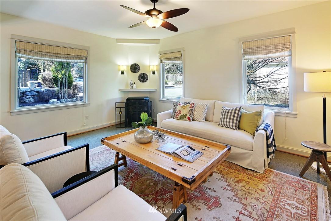 Sold Property   433 N Fish Singer Place Shoreline, WA 98133 3