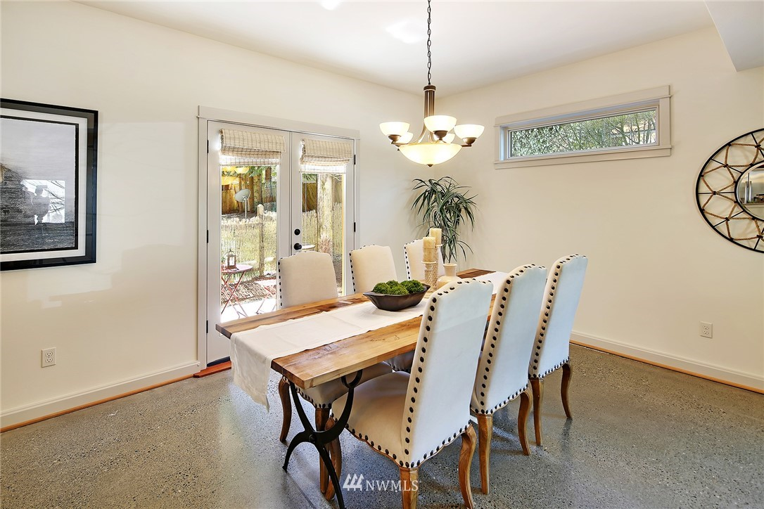 Sold Property   433 N Fish Singer Place Shoreline, WA 98133 5