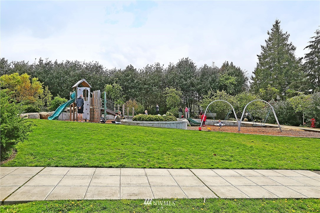 Sold Property | 7004 12th Avenue NW Seattle, WA 98117 17