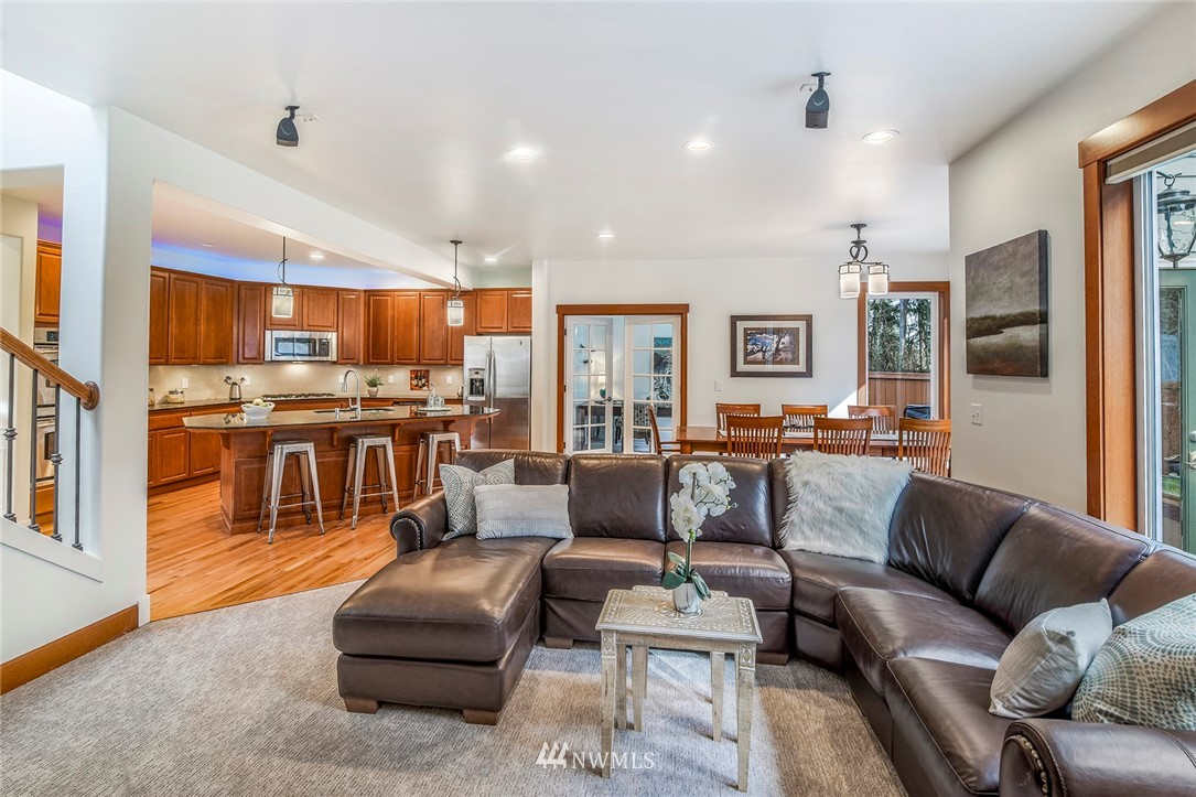 Sold Property   22548 5th Place W Bothell, WA 98021 20
